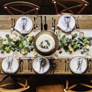 ダイニングテーブルは「家族の社交場」です!