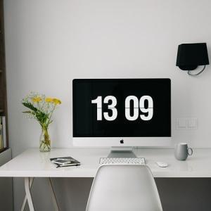 ワーキングマザーが自分の机をもつと暮らしはどう変わるか?【私物編】