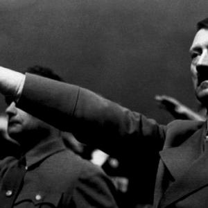 ヒトラーが生きていた!南米にヒトラー出現⁉