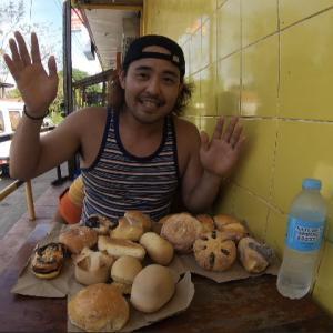 フィリピンのパンは激安だけど美味しいのか食レポしてみました