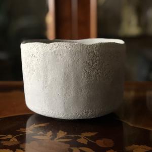楽茶碗《6》を削り出した。#陶芸 #楽焼 #楽茶碗
