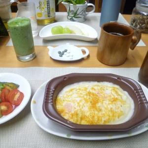 エビグラタンで朝ごはん♪レンジでチンするだけで簡単!