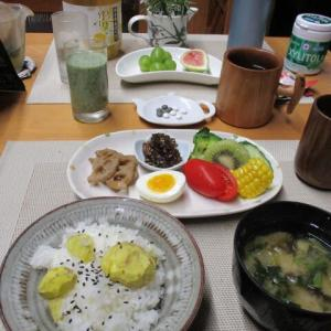 栗ご飯、ゴーヤの佃煮で朝ごはん♪