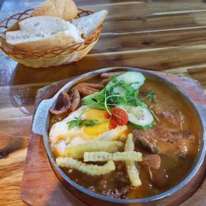 一番うまいベトナム料理→鉄板焼き型バインミー