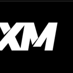 XMのMT4ダウンロード方法とインジケーターの表示方法を解説