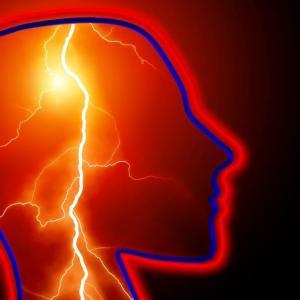 アフィリエイトの作業をする際の肩こりや頭痛を解消しよう【体調管理も仕事の内】