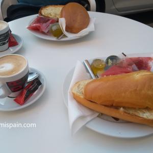コロナ後、再開されたコルドバのカフェ