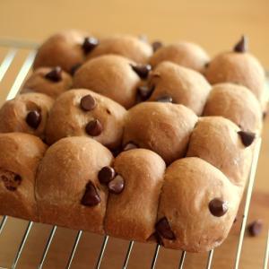 ココア入り生地のダブルチョコちぎりパンの作り方☆生地作りはHBで時短♪