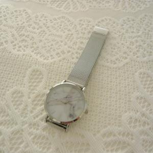 お値段以上!ダイソーの高見えする腕時計