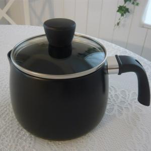 【ニトリ】1つで2役こなすケトル兼用鍋