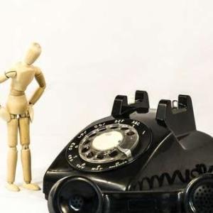 米国の電話のダイヤルのアルファベットは何?