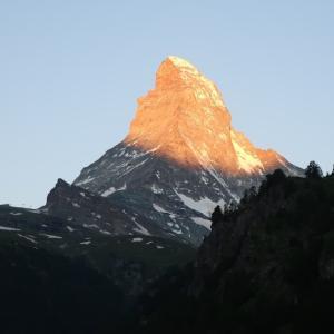 【スイス】マッターホルンの朝焼けに感動!@ツェルマット