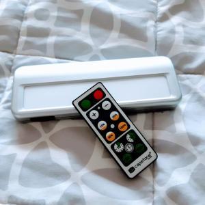 寝落ちする夜。。。これ、便利。コスコ(コストコ)で見っけ! タイマー付きライト。