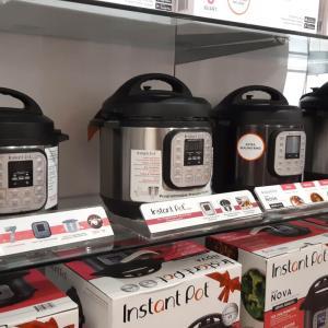 コスコ(コストコ)で見っけ!の電気圧力鍋、買おうかどうか悩み中。