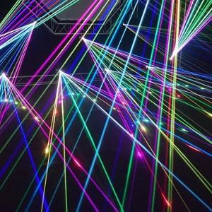 レーザー光線の無限の可能性を学んできた電通大学園祭