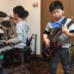 MONGOL800「小さな恋のうた」兄弟コラボ ドラム10歳 ギター7歳