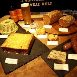 福島 肉屋のビストロ にくらうす-新スタイルの精肉店+肉バルで楽しむシャルキュトリーとクラフトビール!内覧会にも行ってきました!