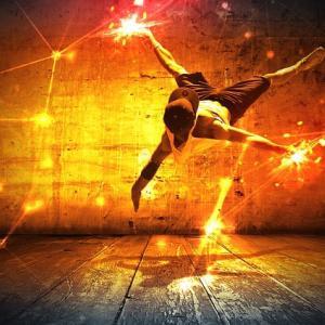 踊らされず、風のように踊れ