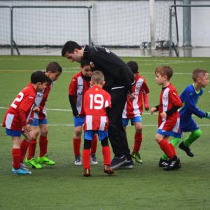 少年サッカーコーチは【挨拶】について子どもの何を見ているの?