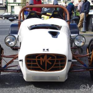 Kawasakiのモンスターエンジンを搭載!MK sportscar ZX-14R