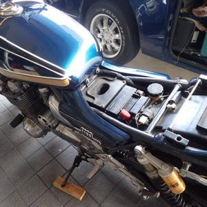 バッテリー充電 PS250