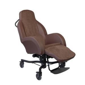 車椅子の種類[フランスの老人ホーム]