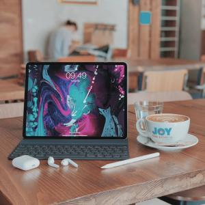 【最新】iPad Pro と一緒に買いたい必須アクセサリーまとめ