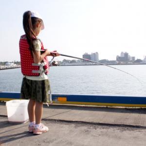 簡単に釣れる!初心者におすすめのサビキ釣り【アジ・サバから大物まで】