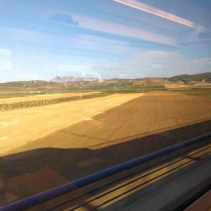 【スペイン】スペイン国鉄Renfeの一等車で快適な列車の旅