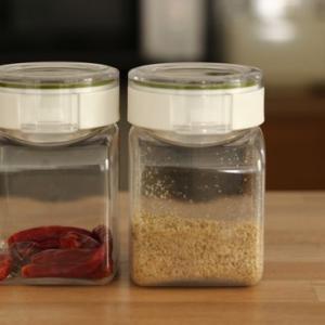プラスチックは増やしたくないと思うけど、便利すぎる容器