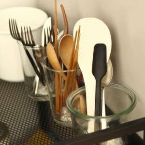 キッチンツール、ほぼすべて出す収納に…