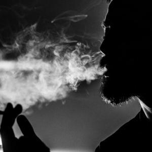 禁煙できる超簡単な方法【10年間吸い続けた私が1日で禁煙できた話】