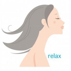 髪の毛の広がるクセを何とかしたい!! 寝る前にできる対策。