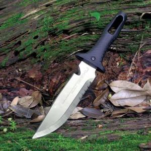 コロンビアナイフ(鉈代わり)