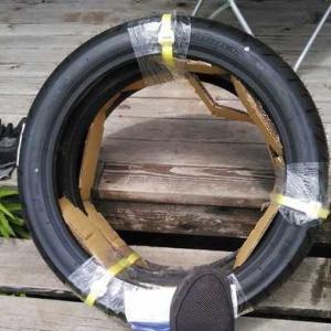 タイヤ組んでみます