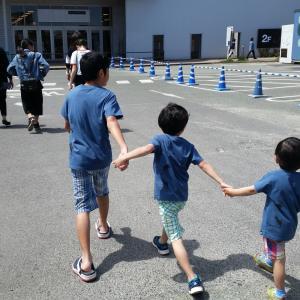子供の兄弟げんかは、どう対応したら良い?兄弟げんかはさせるべき?