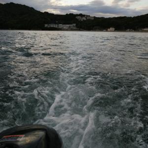ボートでメバル釣り