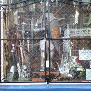 剣と魔法の都市エディンバラ⑤「武器・防具屋、魔女の館」