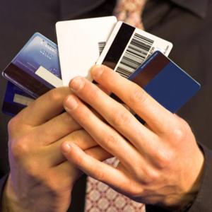 クレジットカード選びにおいて楽天にしたら、メリットとして何がある?