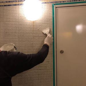 浴室壁 目地補修作業!