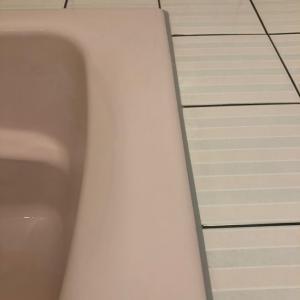 今日もホテルの浴室クリーニング