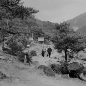 中房温泉~燕岳@昭和時代の山登り(2)