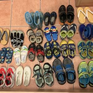 子供の靴のおさがり。一気に処分しました!その理由。