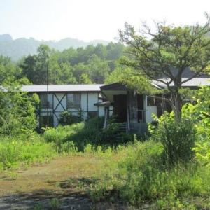 【売買】5,000万円 北海道洞爺湖町月浦 丘陵地の林の中にあるペンション