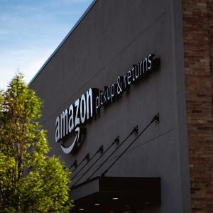 バークシャーのアマゾン株(AMZN)買いが大きな意味を持つ理由。