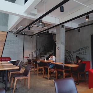 ☆Part2 作業環境最強カフェを探す旅 inセブ【TOM N TOMS COFFEE】