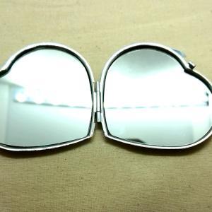 【ダイソー】高見え?ハートの形の手鏡