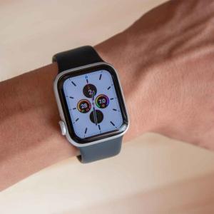 「Apple Watch series 5」レビュー。series  3からは確実に進化。スペックや見た目、機能まとめ