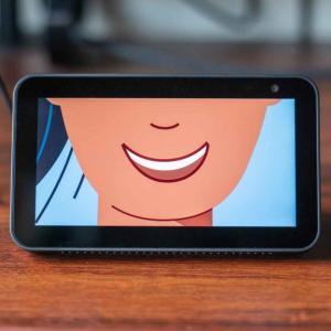 「Echo Show 5」は本当に便利? Amazon製スマートスピーカーは僕たちの生活をどう変えるか