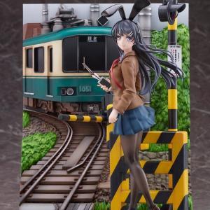 「桜島麻衣 江ノ電Ver.1/7フィギュア」電車と踏切一式付属したヴィネットでお値段35,200円!割引なし!6月24日予約開始